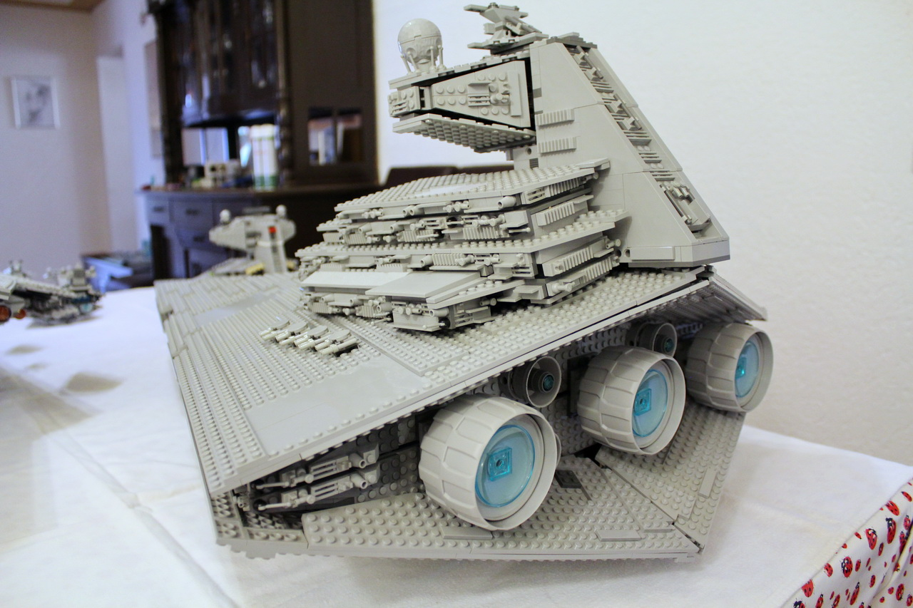 10030 UCS Imperial Star Destroyer-06