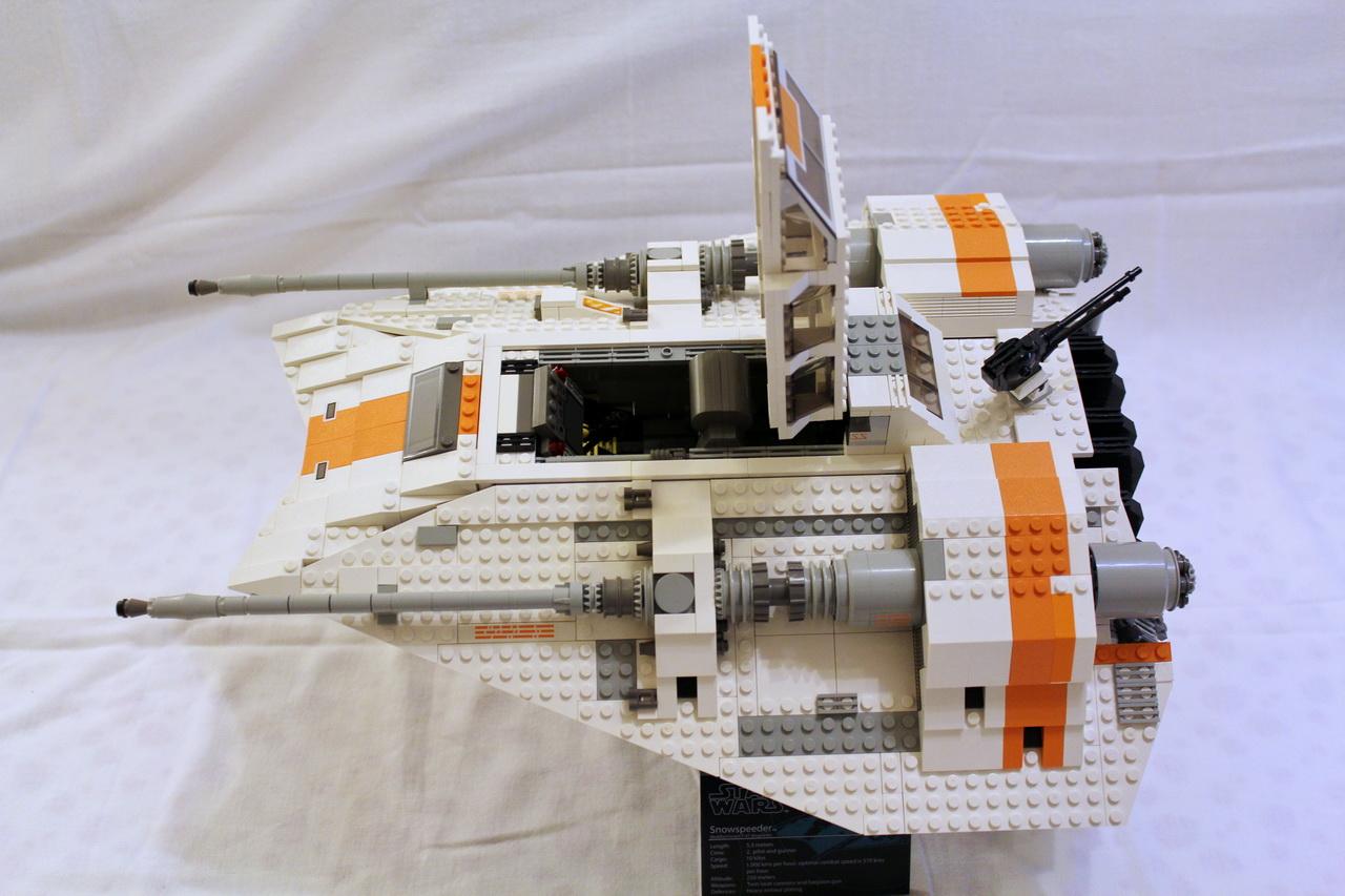 10129 UCS Rebel Snowspeeder-06