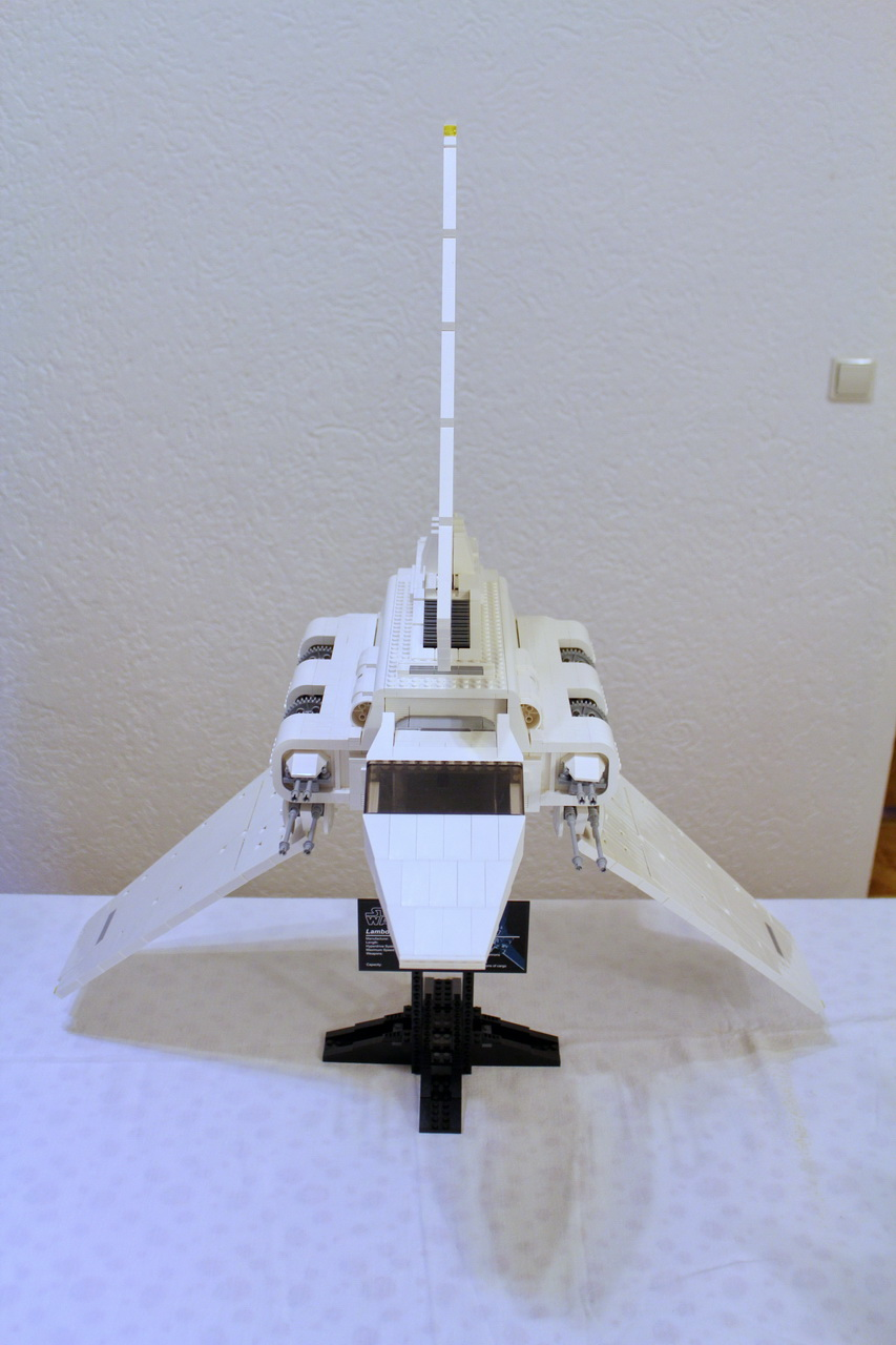 10212 UCS Imperial Shuttle-01