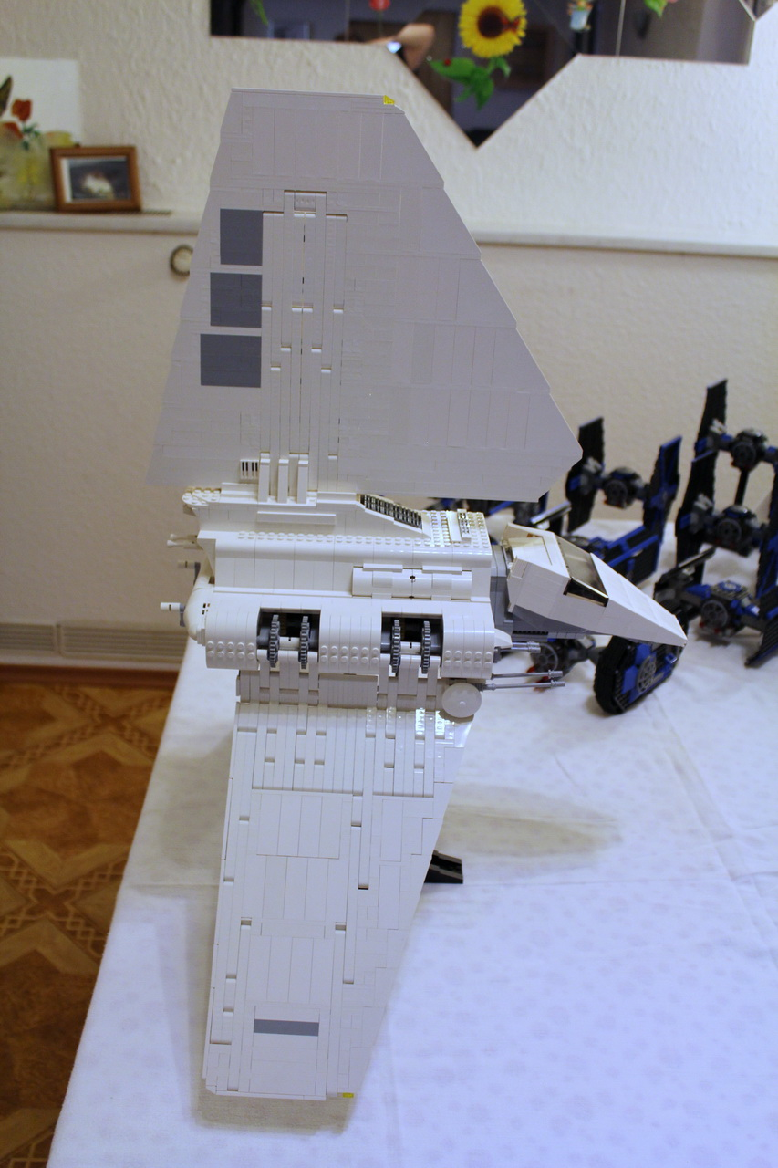10212 UCS Imperial Shuttle-03