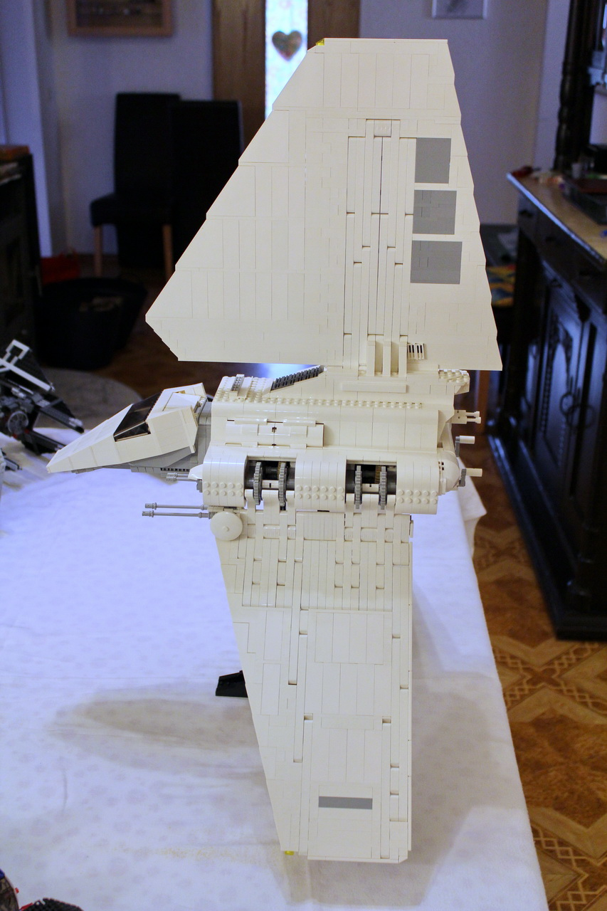 10212 UCS Imperial Shuttle-04