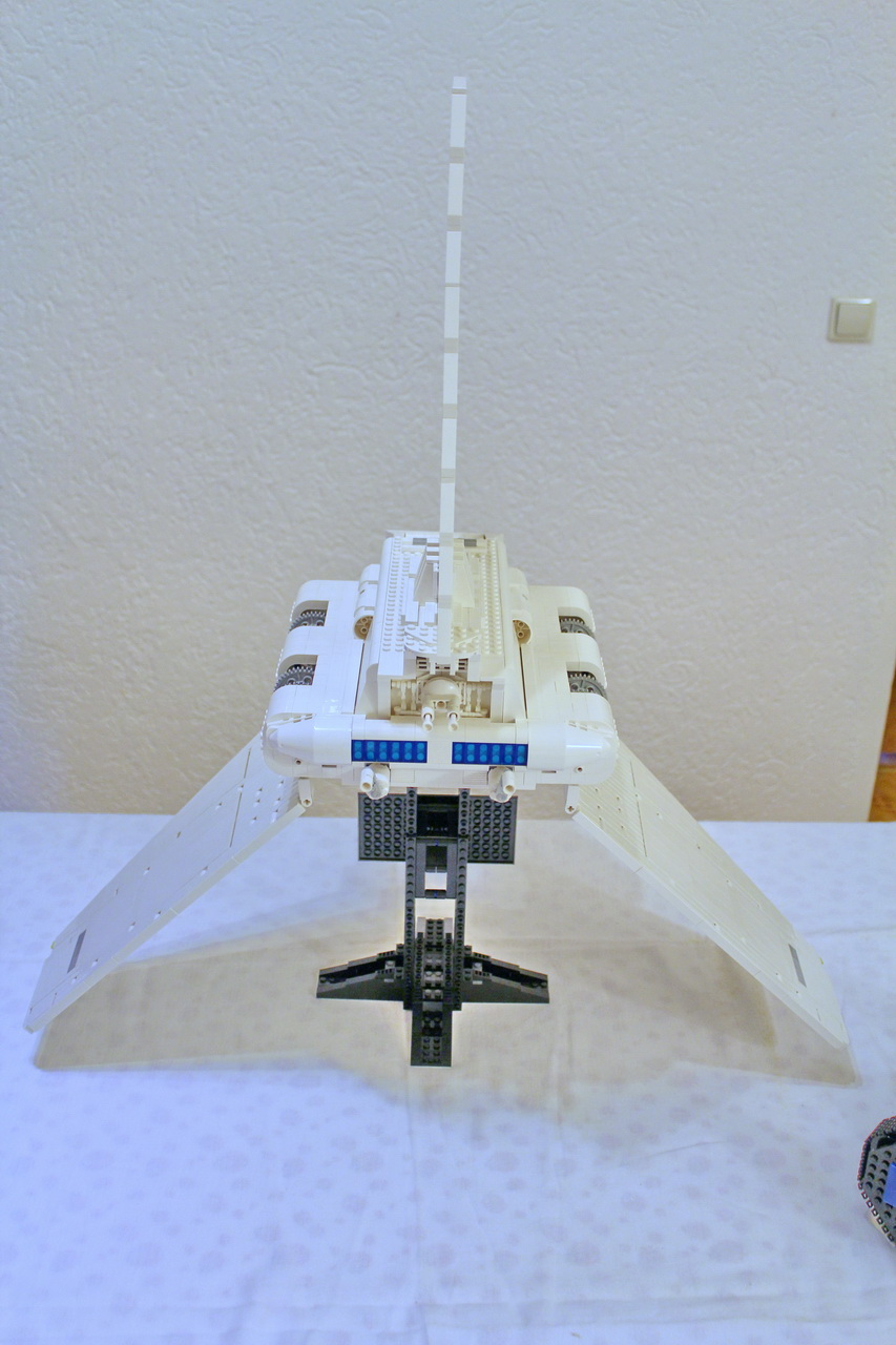 10212 UCS Imperial Shuttle-05