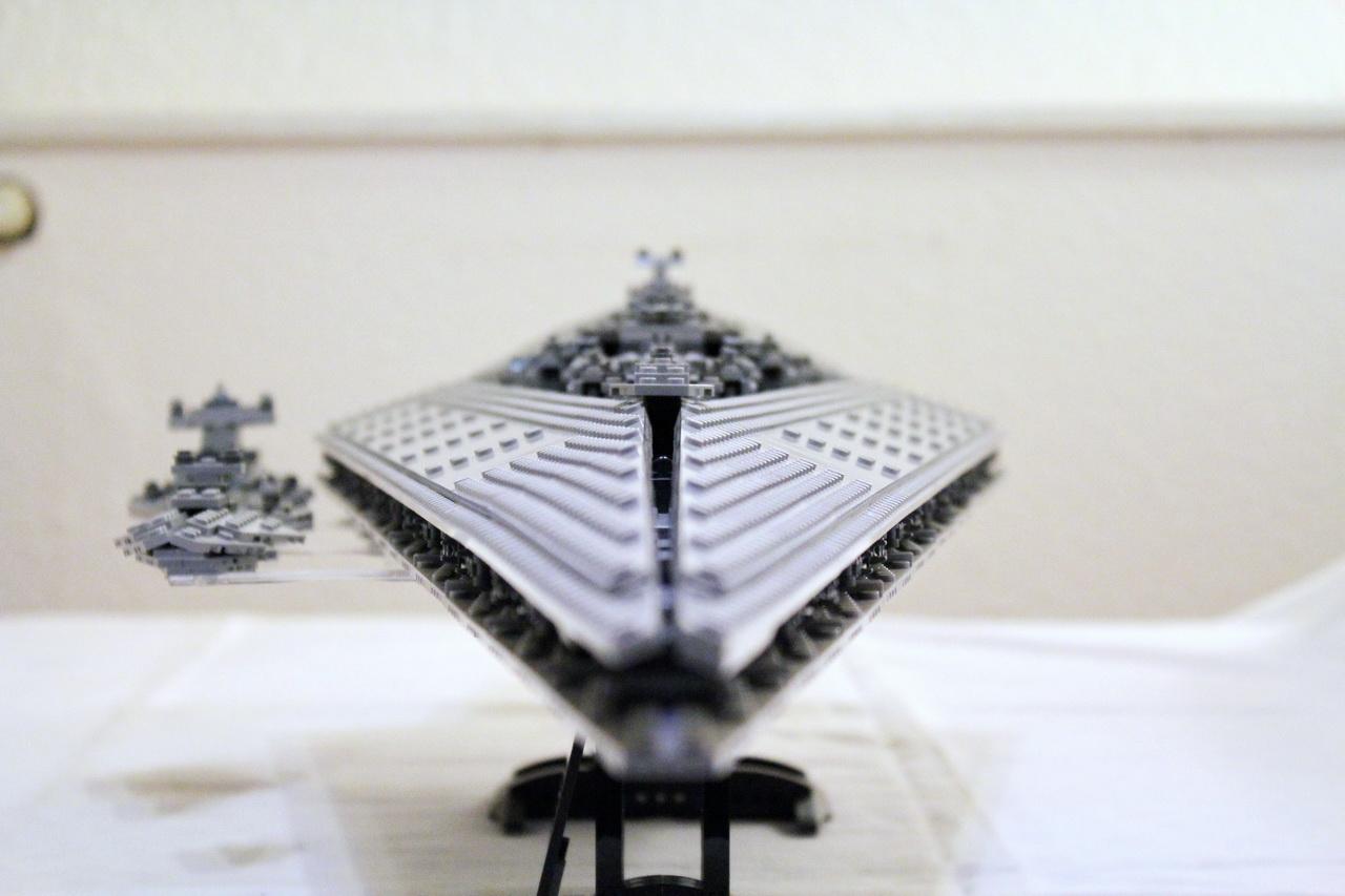 10221 UCS Super Star Destroyer-07