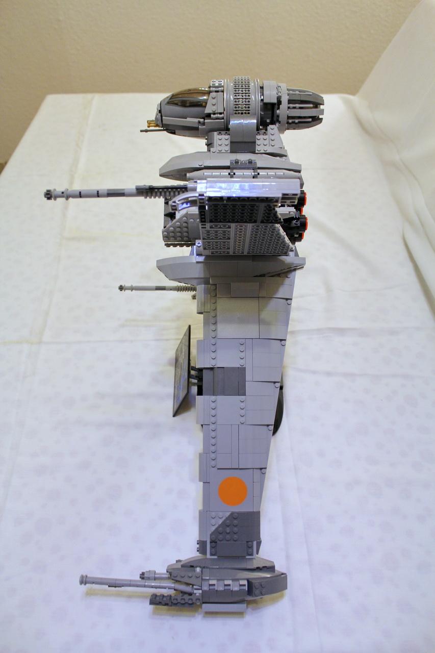 10227 UCS B-Wing-03