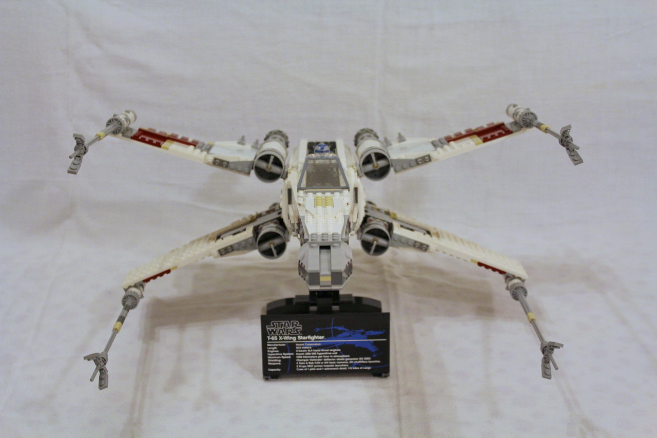 10240 UCS Red Five X-wing Starfighter-02