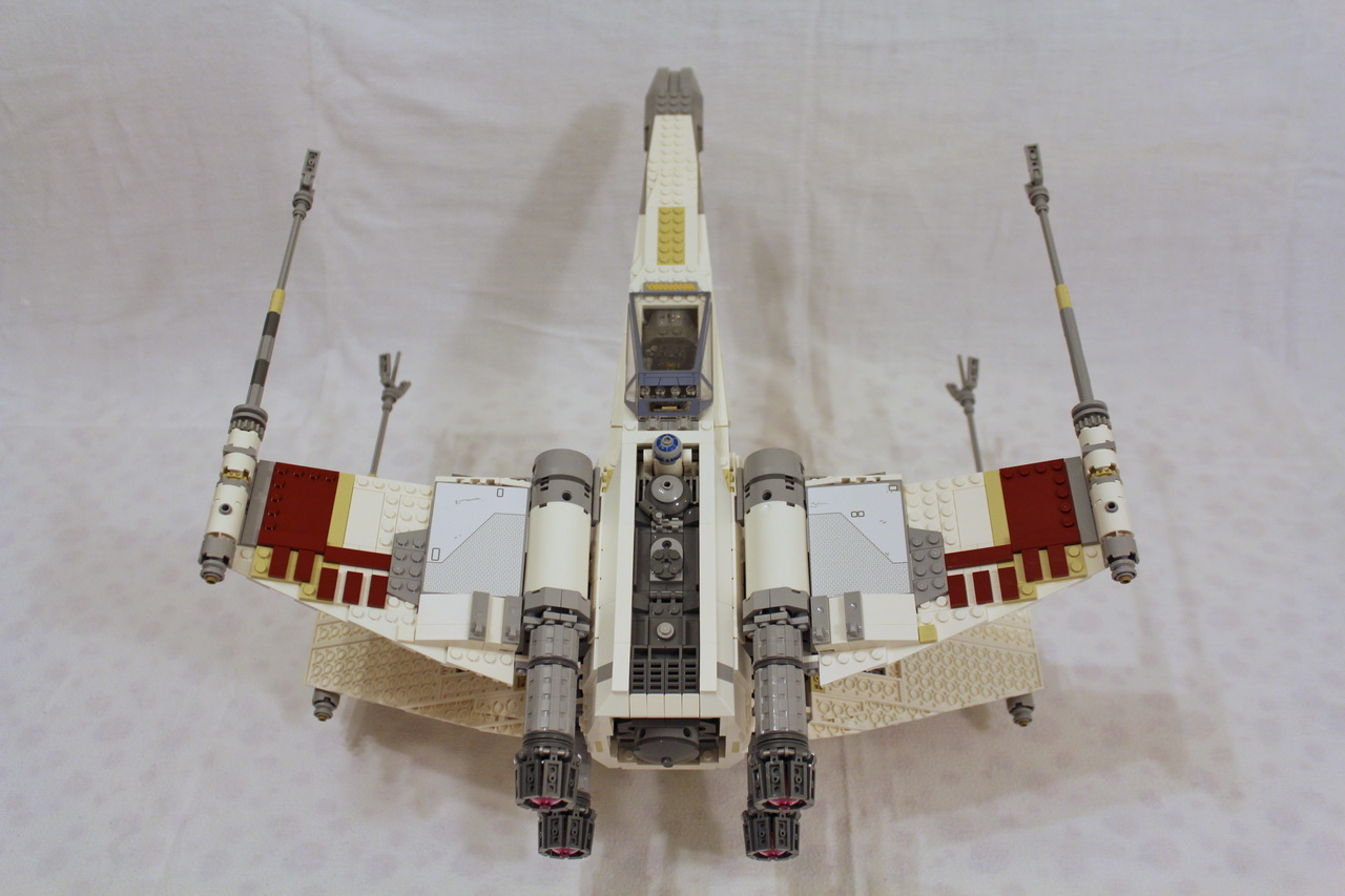 10240 UCS Red Five X-wing Starfighter-05