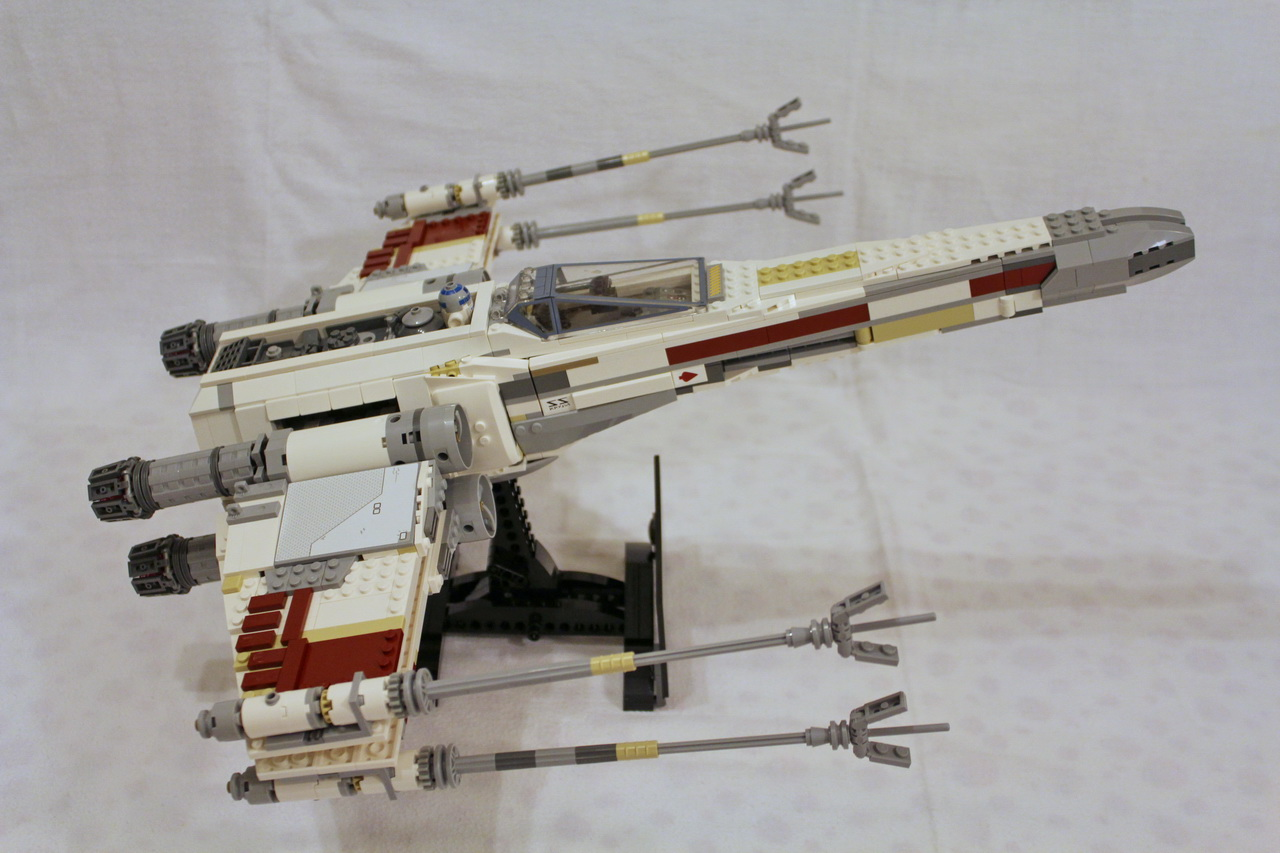 10240 UCS Red Five X-wing Starfighter-09