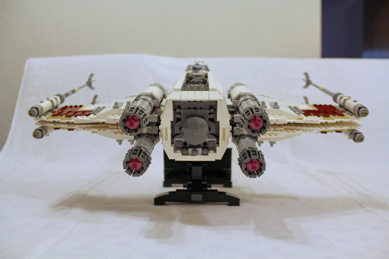 10240 UCS Red Five X-wing Starfighter-10