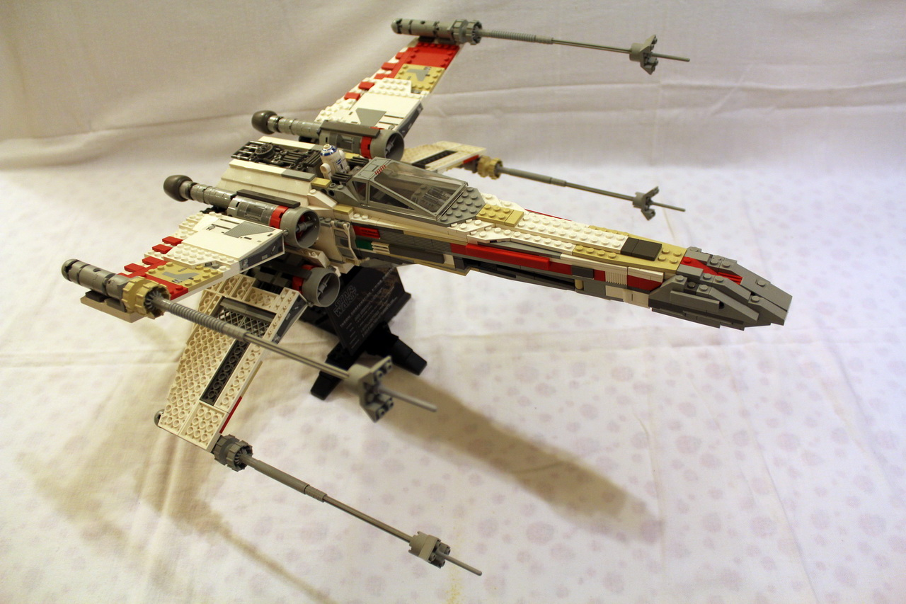 7191 UCS X-Wing Fighter-01