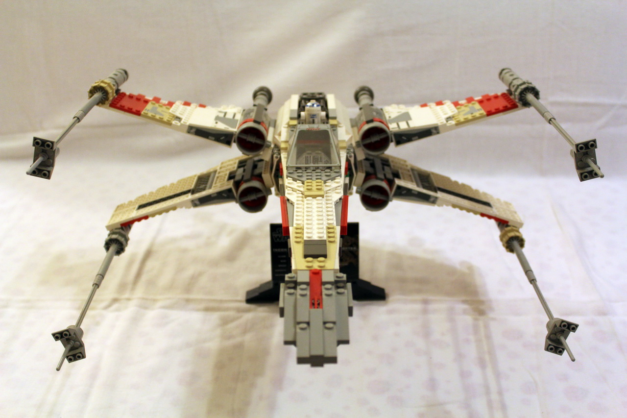 7191 UCS X-Wing Fighter-02
