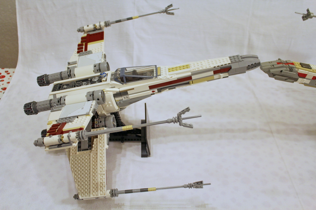 X-Wing 7191 vs. X-Wing 10240-10
