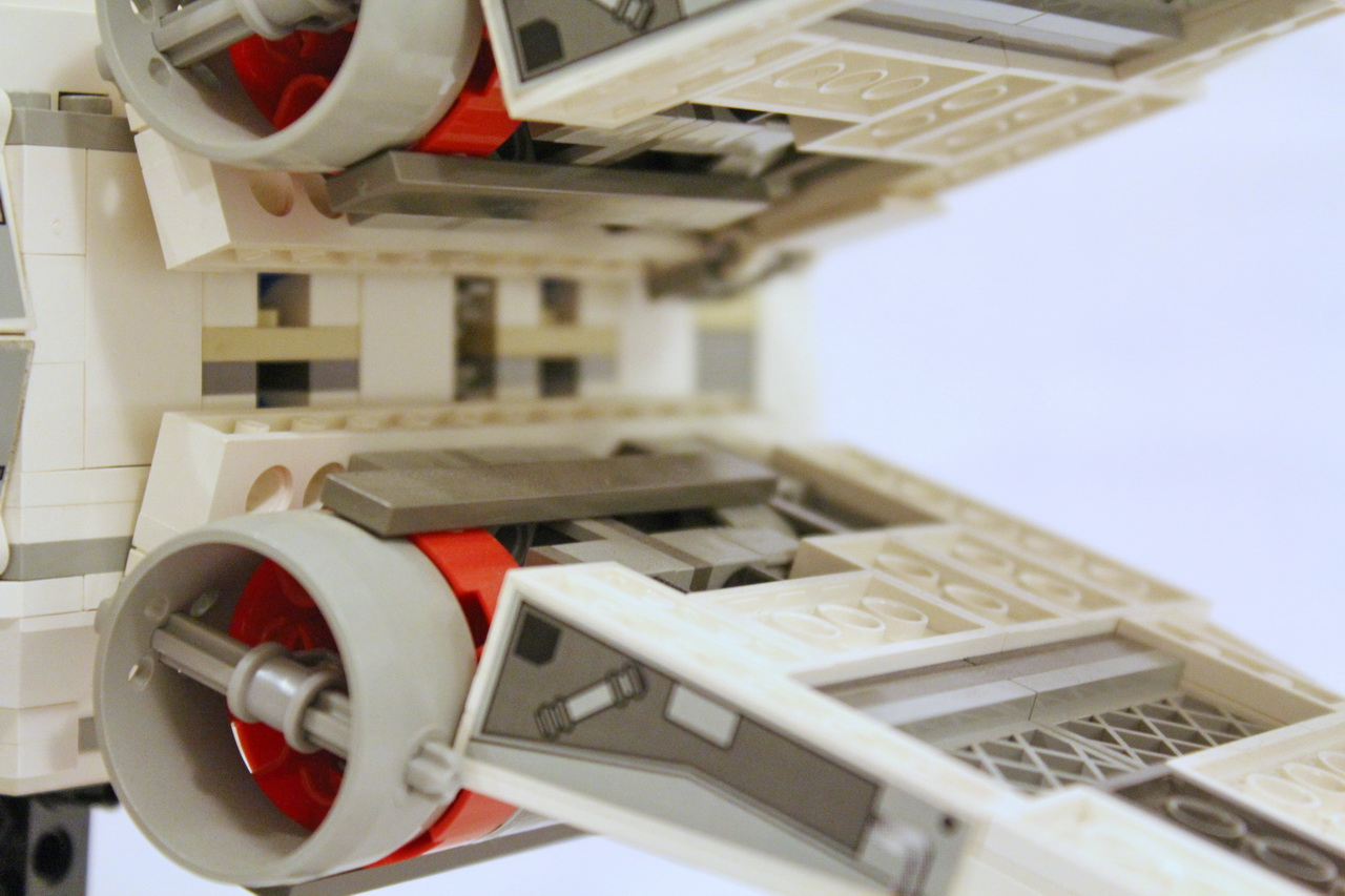 X-Wing 7191 vs. X-Wing 10240-26