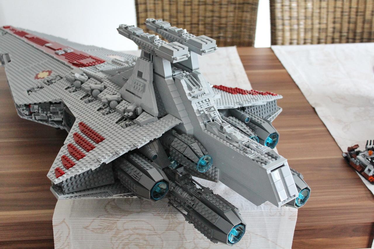 lego-ucs-venator-moc-12